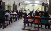 Vereadores participam de missa da novena em comemoração a festa de Santo André Avelino.